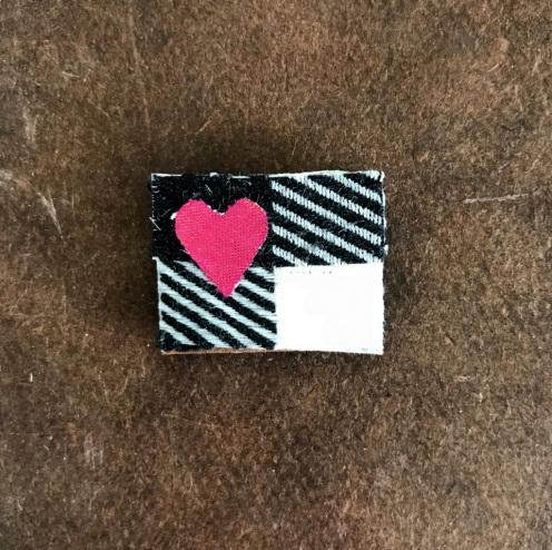 Tiny Pin (44)